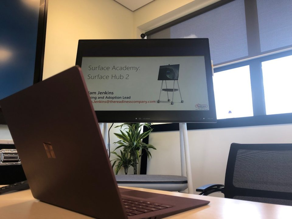 The Surface Hus 2S